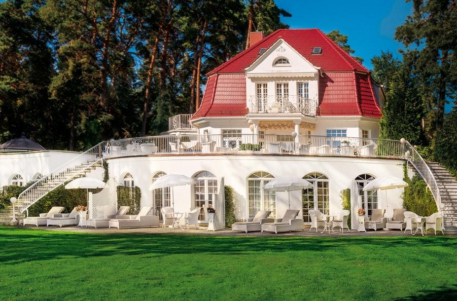 luxushotel luxushotels 5 sterne hotel dlw luxushotels weltweit luxushotels luxushotel 5. Black Bedroom Furniture Sets. Home Design Ideas